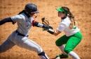 No. 7 Arizona softball shuts out No. 12 Oregon in regular-season home finale