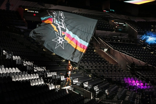 Open Thread: The Spurs fandom has dwindled during the pandemic
