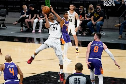 Photos: Phoenix Suns at San Antonio Spurs