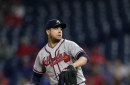 Royals sign veteran reliever Anthony Swarzak to a minor league deal