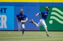Jays barely hold on to beat Phillies
