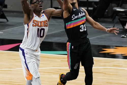 Spurs close regular season with exciting but meaningless loss to resting Suns