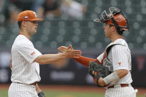 Bevo's Daily Roundup: Check out some of Texas catcher Silas Ardoin's CWS highlights