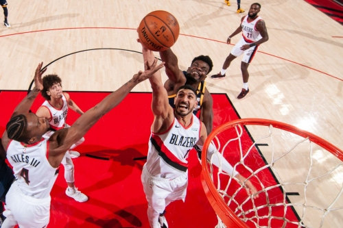 How Should the Blazers Approach Their Backup Big Man Situation?