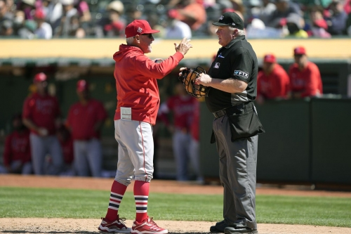 Angels lose temper, third straight game