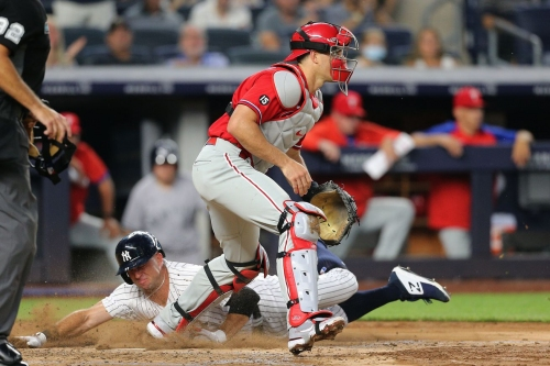 Wasted opportunities yet again: Yankees 6, Phillies 5