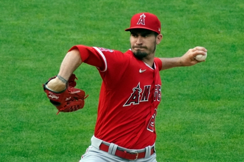 Andrew Heaney rebounds from rough start to pitch Angels past Twins
