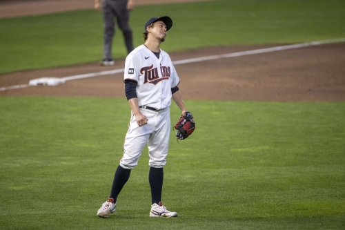 Angels 3, Twins 2: What is even happening?!