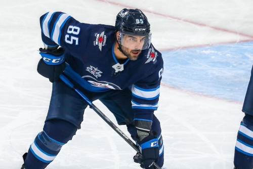 Mathieu Perreault signs one-year contract with Canadiens