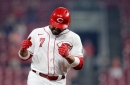 Eugenio Suárez earned an important start for the Reds with his best month of the season