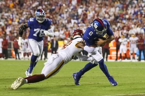 Falcons defense vs. Giants offense: Can Atlanta pressure Daniel Jones on Sunday?