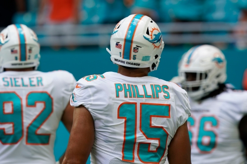 Dolphins rookie Jaelan Phillips 'still settling in'; plus Wednesday injury report