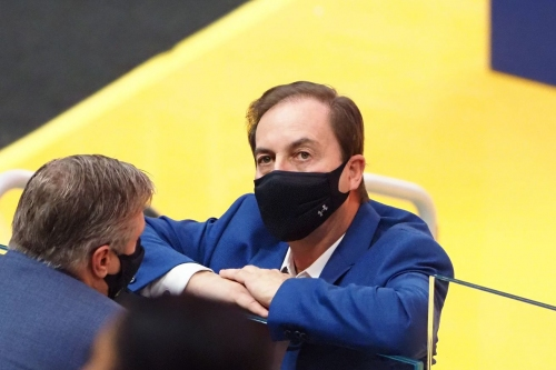 Warriors owner Joe Lacob fined for violating NBA tampering rules