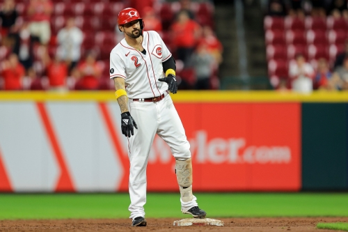 Nick Castellanos hits milestone 30th home run as the Reds beat the Nationals