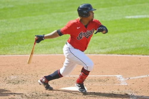 Cleveland unleashes flurry of extra base hits to defeat Kowar and the Royals 8-3