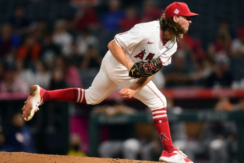 Angels Ride Into Texas To Begin Final Week Of The Season
