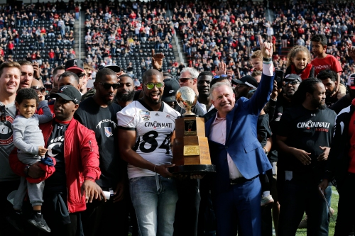 Doc's Morning Line: Brian Kelly never owed Cincinnati Bearcats fans anything