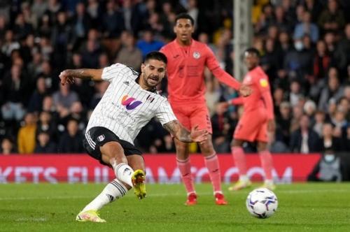 Fulham 3-1 Swansea City: Aleksandar Mitrovic hat-trick earns Marco Silva's men victory