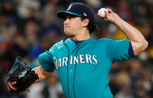 Mariners can't find their usual late-inning magic as playoff hopes take a big hit
