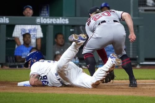 Twins 4, Royals 0: A season like a fantasy camp slide