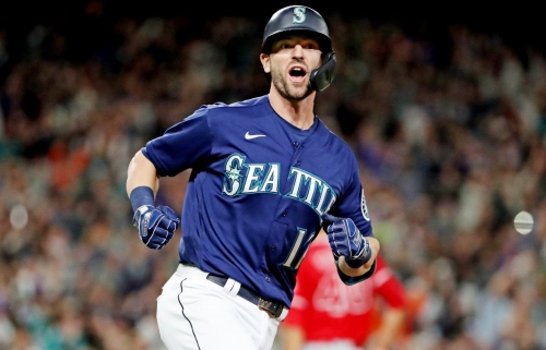 Mitch Haniger plays hero for the Mariners as his 5 RBI in win over Angels keep team in playoff hunt