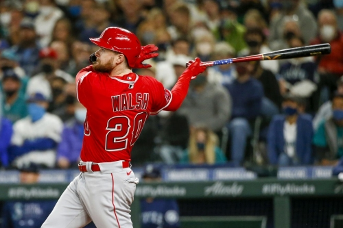 Angels come close but can't dash Seattle's playoff dreams