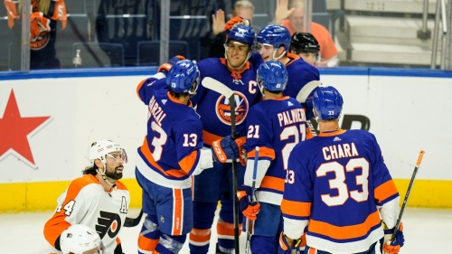 NHL Roundup: Lee continues comeback with goal for Islanders
