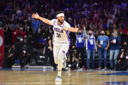 The Sixers' unsung hero: Seth Curry