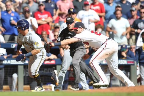 Brewers fall to Braves in game three, 3-0; on the brink of NLDS elimination