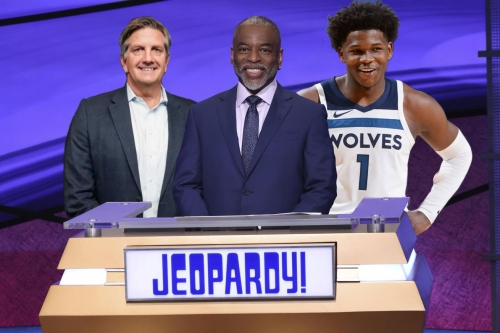 Wolvescast: Jeopardy 164