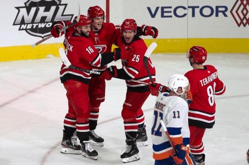 Recap: Teravainen, Svechnikov lead the way in opening night win over Islanders