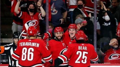 Svechnikov, Hurricanes beat Islanders in season opener