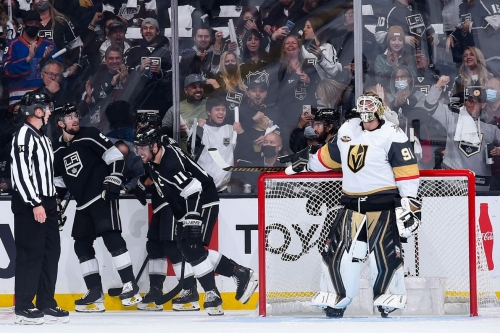 Mark Stone leaves with injury in Golden Knights' 6-2 loss to Kings