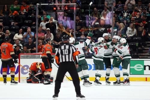 Liveblog: Ducks lose in heartbreaker against Wild