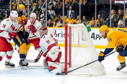Andersen, Canes hold on to defeat Predators for second straight win to open season