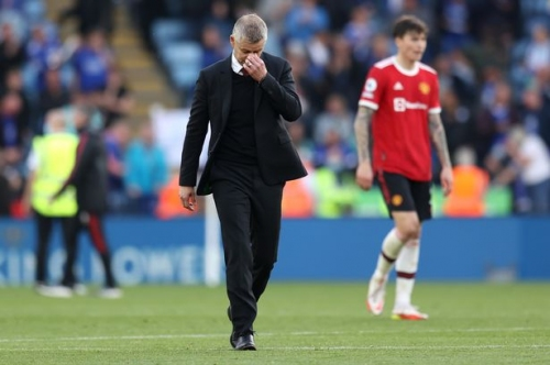 Pressure builds on Ole Gunnar Solskjaer as fans begin to lose faith in Manchester United manager