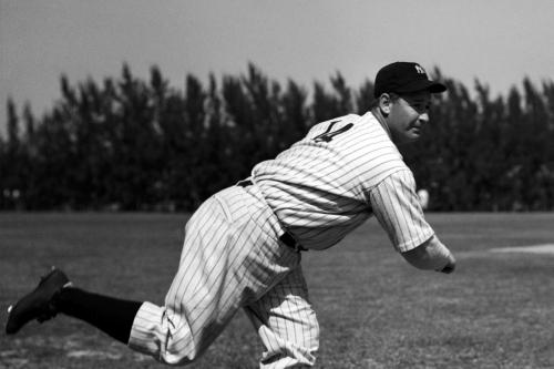 Yankees History: Bump Hadley saves the day