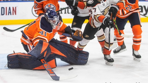Oilers' Mike Smith day-to-day after suffering lower body injury vs. Ducks