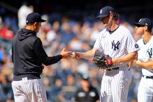 Yankees re-sign Aaron Boone to new 3-year deal: 'He's been a good hire'