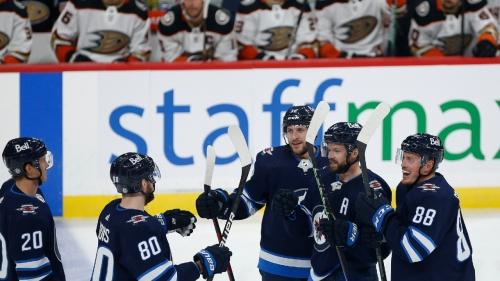 Connor scores twice, powers undermanned Winnipeg Jets to win over Anaheim Ducks