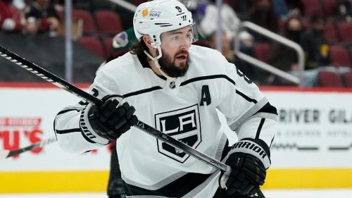 Kings defenceman Drew Doughty exits game with knee injury