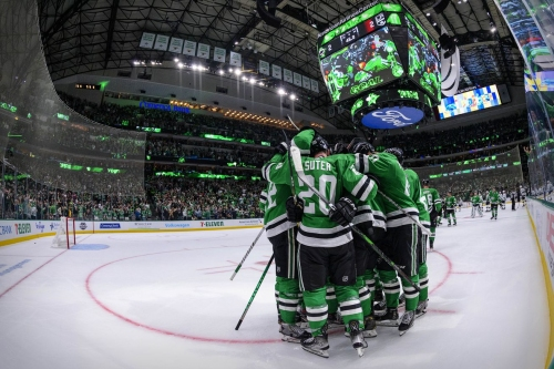 No Place Like Home, Stars Defeat Kings 3-2 in Overtime