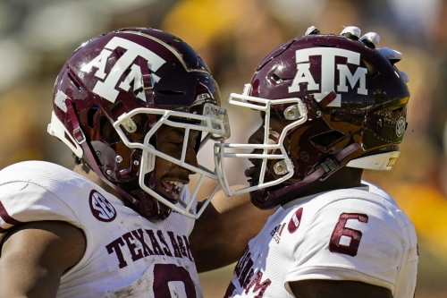 Texas A&M looks to keep rolling against South Carolina