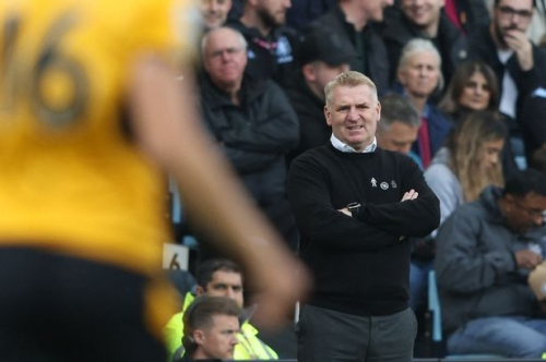 Gary Neville pleads with Aston Villa not to make 'stupid' Dean Smith decision