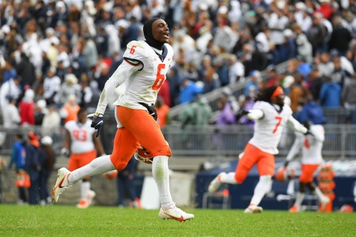 Twitter reacts to Illinois' upset over No. 7 Penn State, longest FBS game ever