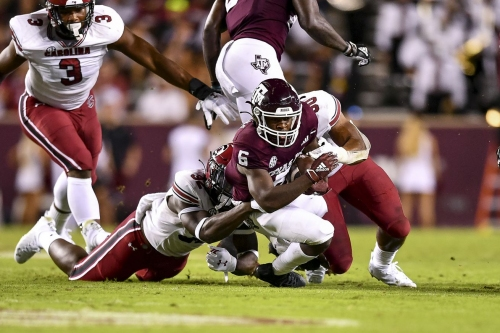 Gamecocks ground up by No. 17 Texas A&M in 44-14 loss