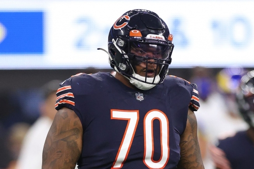 Bears put starting right tackle Elijah Wilkinson on Reserve/COVID-19