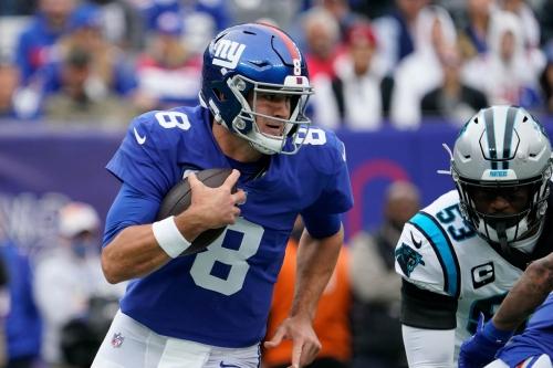 Giants vs. Panthers final score: Daniel Jones carries Giants to 25-3 victory