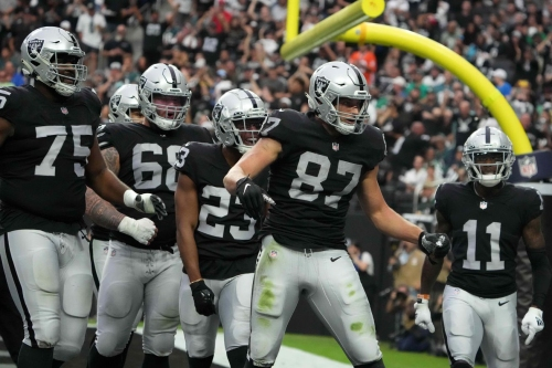 5 things we learned from Raiders' 33-22 win over Eagles on Sunday