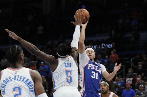 Hot outside shooting propels Sixers to road win over Thunder